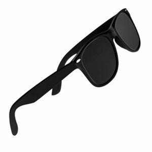 CHEREEKI Lunettes de Soleil Polarisées Classic Retro UV400 Lunettes de Protection Pour Hommes Femmes (Gris)