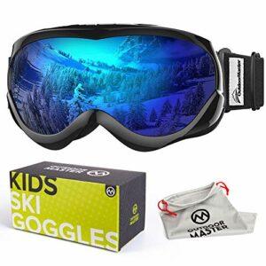 OutdoorMaster Masque de Ski pour Enfants Lunettes Compatibles avec Un Casque pour Garçons et Filles avec Une Protection UV à 100% (Black Frame + VLT 15% Grey Lens with Full REVO Blue)