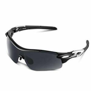 Lunettes de Soleil Sports Polarisées pour Hommes Femmes Jeunes Baseball Cyclisme Course Pêche Golf Moto UV400 Lunettes (Noir mat, gris)